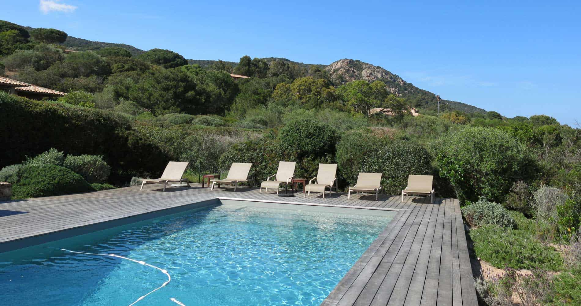 palombaggia south corsican villa with swimming pool, direct access to the beach